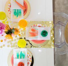 DIY Confetti Table R