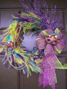 Mardi Gras Feather Wreath - Purple Yellow and Green Mardi Gras New Orleans Feather Wreath, Festive Party Wreath, Fat Tuesday Feather Wreath