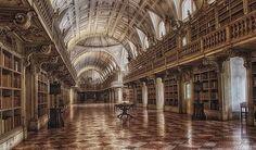 Biblioteca del Palacio Nacional de #Mafra #Portugal