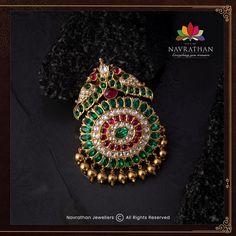 Antic Jewellery, Indian Jewellery Design, Latest Jewellery, Temple Jewellery, Gold Jewellery, Indian Jewelry, Diamond Jewelry, Jewellery Designs, Jewelry Design Earrings