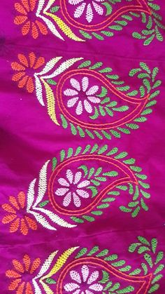 Hand Embroidery Videos, Hand Embroidery Flowers, Hand Embroidery Tutorial, Hand Work Embroidery, Hand Embroidery Stitches, Crewel Embroidery, Simple Embroidery, Peacock Embroidery Designs, Border Embroidery Designs