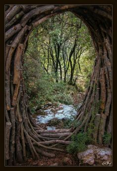 : : enchanting portal : : A Year in a French Forest. by Forest Sculptor Spencer Byles Magic Forest, Forest Art, Forest Theme, Portal, Land Art, Art Et Nature, Art Moderne, Environmental Art, Installation Art