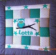 You see a lovingly stitched blanket of beautiful and colourful cotton fabrics with attached applications. Any requested by you child´s name can be embroidered by arrangement at no extra charge, and will be carried out by me personally. Several single pieces of fabric are sewn together into a new whole one. Also the edge stripes on the blanket´s top resp. the back are made of cotton fabrics. For the blanket´s back are following colours available: the green, the red or the blue ones. The…
