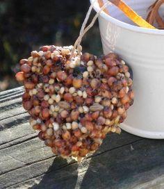 25 natural bird seed heart garden wedding favors by Forweddingsake, $25.00