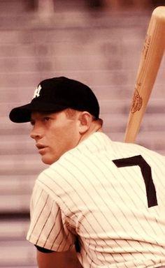 Mickey Mantle. Baseball Wall, Baseball Star, New York Yankees Baseball, Baseball Quotes, Ny Yankees, Sports Baseball, Football, Yankees Baby, Yankees News