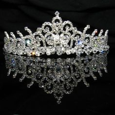 A girl can wish... Of course, this must be made of real diamonds with platinum or white gold skeletons.