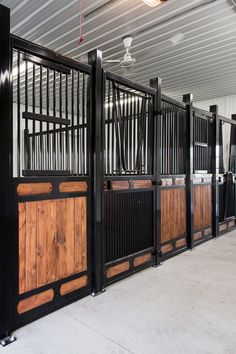 Nobleman horse stalls are sure to add beauty and elegance to any facility. This designer stall system is our most elegant and prestigious. Metal Horse Barns, Horse Barn Plans, Horse Fencing, Horse Stables, Horse Farms, Equestrian Stables, Show Cattle Barn, Horse Barn Designs, Farmhouse