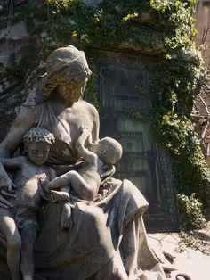 La Recoleta Cemetery, Buenos Aires.. Uh, Ok..