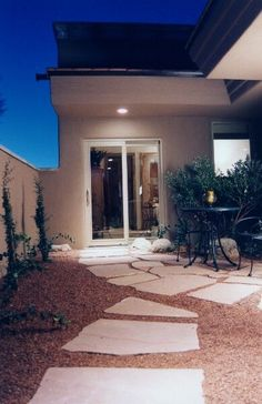 front yard landscaping ideas for small yards simple backyard landscaping ideas mailbox landscaping ideas Small Yard Landscaping, Mailbox Landscaping, Backyard Ideas For Small Yards, Tropical Landscaping, Landscaping Ideas, Nice Backyard, Outdoor Garden Decor, Outdoor Gardens, Outdoor Ideas