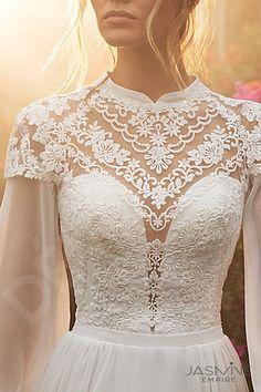 I Dress, Dream Dress, Wedding Hijab Styles, Minimal Wedding Dress, Bridal Dresses, Flower Girl Dresses, Dresses Online, Marie, Ball Gowns