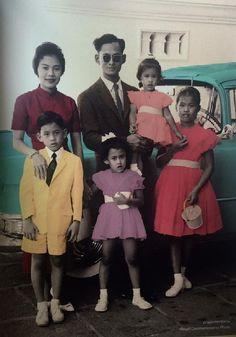 Long Live Their Majesties. King Phumipol, King Rama 9, King Of Kings, King Queen, King Picture, King Photo, Thai Princess, Prince And Princess, Thailand Art