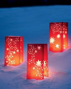 """Martha Stewart ~ See the """"Star Luminarias"""" in our Christmas Star Decorations gallery Christmas Star Decorations, Christmas Lights, Holiday Crafts, Yard Decorations, Magical Christmas, All Things Christmas, Christmas Holidays, Christmas Yard, Luminaria Diy"""