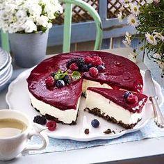 Beeren-Schmand-Torte mit Knusperboden Rezept   LECKER