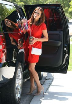 kate walsh is leggy in a red dress and high heels Addison Montgomery, Erin Walsh, Kate Walsh, Talulah Riley, Jackson Avery, Queen Kate, Prettiest Actresses, Famous Stars, Famous Women