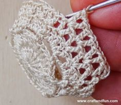 Riciclo Creativo - Craft And Fun: Cestin - Diy Crafts Crochet Home, Crochet Gifts, Crochet Doilies, Crochet Flowers, Crochet Stitches, Crochet Baby, Knit Crochet, Crochet Jar Covers, Crochet Plant Hanger