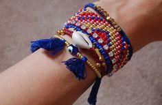 Les manchettes Hipanema, composées de plusieurs petits bracelets, sont assez cultes. Mais pour ne pas sacrifier un rein sur l'autel de la mode, voici un DIY pour confectionner la vôtre avec vos dix doigts agiles, par Lucie, du blogThe Camelia! Hipanema, les manchettes que (presque) tout le monde connaît et qu'on voit partout : sur [...]