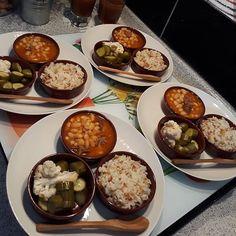 Cok guzel görünüyor😍😊 . Birbirinden güzel tatlı ve yemek tarifleri videolu olarak @supersofra sayfamızda😊 Bizide takip etmeyi unutmayin… Good Food, Yummy Food, Food Platters, Arabic Food, Iftar, Turkish Recipes, Food Presentation, Tapas, Carne