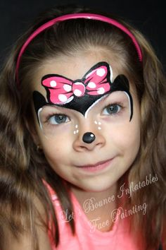 Face painting is very popular amongst the kids, especially on fancy dress completion and birthday parties. Here are some Easy Face Painting Ideas For Kids f Disney Face Painting, Face Painting Images, Princess Face Painting, Girl Face Painting, Face Painting Designs, Painting For Kids, Face Paintings, Simple Face Painting, Paint Designs