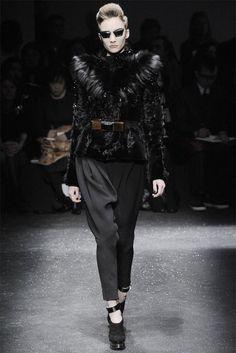 Sfilata Gianfranco Ferré Milano - Collezioni Autunno Inverno 2009/2010 - Vogue