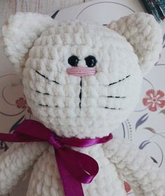 Crochet toy kitty amigurumi pattern by Julia Koroleva. Chat Crochet, Crochet Amigurumi, Knit Or Crochet, Amigurumi Patterns, Crochet Toys, Crochet Baby, Crochet Bunny Pattern, Crochet Patterns, Knitted Stuffed Animals