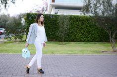 OUTFIT: Cómo usar pantalón con polo estampado o blusa texturizada | SKLUSSIV.COM