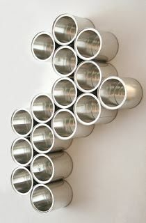 Rosely Pignataro: Reciclando latas.