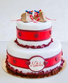 Pentru cei care aleg portul traditional romanesc, atunci acest tort decorat cu opinci populare este cu siguranta cea mai potrivita alegere.  Culorile si detaliile pot fi personalizate dupa bunul plac, astfel ca te asteptam sa degusti compozitia si sa iti realizam un tort de exceptie. Cake Designs, Designer Cakes, Baby Shower, Mai, Shower Ideas, Desserts, Unique, Food, Babyshower