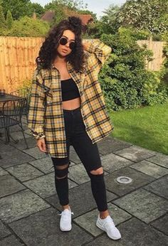 Casual Fall Outfits for Teens: Baddie Style Source by outfits. - Casual Fall Outfits for Teens: Baddie Style Source by outfits for teens - Cute Casual Outfits, Retro Outfits, Baddie Outfits Casual, 90s Style Outfits, Swag Outfits, Edgy Fall Outfits, Baddies Outfits, High School Outfits, Chill Outfits