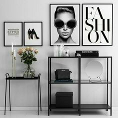 Tolle Fashion-Poster in weißen Rahmen. - Tolle Fashion-Poster in weißen Rahmen. The Effective Pictures We Offer You About ideas en 5 minuto - Interior Design Living Room, Living Room Decor, Bedroom Decor, Room Interior, Room Inspiration, Sweet Home, Gallery Walls, Home Decor, Fashion Posters