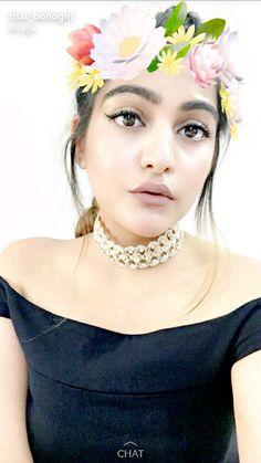 Kritika khurana Kritika Khurana, Boho Fashion Summer, Boho Girl, Girls Makeup, Makeup Looks, Crown, Skin Care, Models, Chic