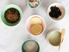 Aprenda a fazer seus produtos de beleza em casa, com ingredientes naturais