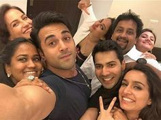 When the who's who of Bollywood came together for epic selfies! Bollywood Funny, Bollywood Celebrities, Shraddha Kapoor, Deepika Padukone, Bollywood Stars, Bollywood Fashion, Varun Dhawan Instagram, Best Happy Birthday Quotes, Friendship Songs