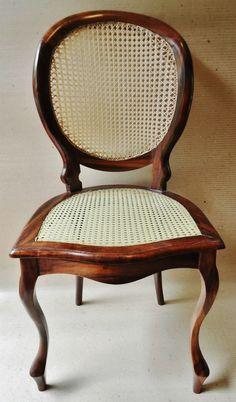 Par De Cadeiras Medalhão - R$ 1.600,00 no MercadoLivre