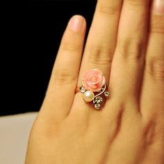 Cute Faux Pearl and Rhinestone Embellished Pink Flower Alloy Finger Ring