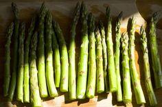 Grillede grønne asparges i baconsvøb #bacon #asparges #grønneasparges #opskrifter #bergholt