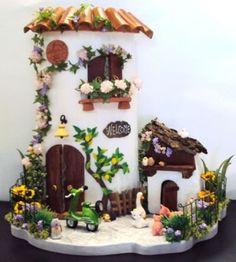 Tile Crafts, Clay Crafts, Diy And Crafts, Arts And Crafts, Clay Houses, Ceramic Houses, Clay Fairy House, Fairy Houses, Miniature Crafts