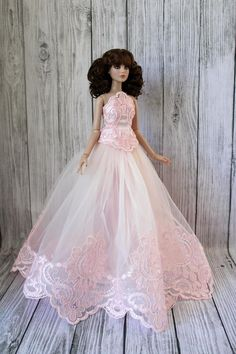 Beautiful dress outfit gown for tonner Antoinette light pink doll clothes of tulle lace satin dress for Tonner Cami clothes Christmas dress Barbie Dress, Barbie Clothes, Pink Dress, Flower Girl Dresses, Barbie Gowns, Barbie Doll, Beautiful Gowns, Beautiful Outfits, Mauve