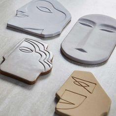 pottery ideas Wanddeko Gesicht in Wei, 20 cm Ceramic Clay, Ceramic Pottery, Slab Pottery, Thrown Pottery, Ceramic Bowls, Ceramic Wall Art, Ceramic Studio, Ceramic Decor, Pottery Art