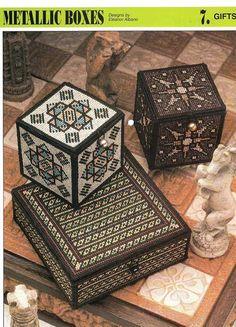 Plastic Canvas Metallic Boxes