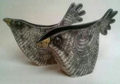 Ideas For Bird Sculpture Ideas Sweets Clay Birds, Ceramic Birds, Ceramic Animals, Clay Animals, Ceramic Clay, Hand Built Pottery, Slab Pottery, Ceramic Pottery, Pottery Art