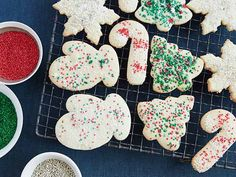 Old Fashioned Sugar Cookies  The holidays wouldn't be complete without old fashioned sugar cookies cut in festive shapes and decked out with colorful sugar or sprinkles. Old Fashioned Sugar Cookies, Christmas Desserts, Christmas Recipes, Christmas Drinks, Holiday Recipes, Christmas Holidays, Holiday Foods, Christmas Ideas, Sugar Cookies Recipe