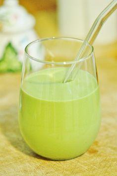 Avocado green juice