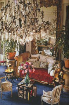 Lou Lou de la Falaise Montparnasse Home Paris Interiors - Taschen Bohemian Furniture, Bohemian Interior, Gypsy Decor, Bohemian Decor, French Interior, French Decor, Interior Inspiration, Room Inspiration, Estilo Kitsch