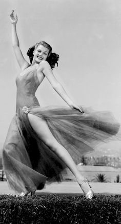 Rita Hayworth so much more inspiring of a woman than Marilyn ever was...