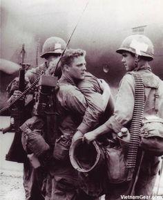 Vietnam War Photos - Soldiers