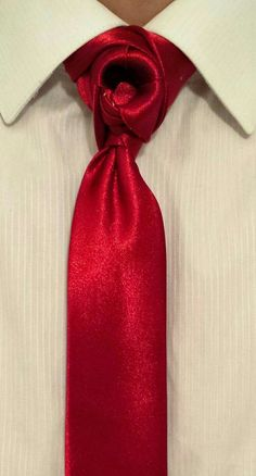 The turbine (By Boris Mocka AKA The Jugger Knot ) Cool Tie Knots, Cool Ties, Tie A Necktie, Necktie Knots, All Black Tuxedo, Fashion Moda, Mens Fashion, Best Advice Quotes, Windsor Knot