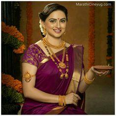 Kashta Saree, Saree Dress, Lehenga, Saree Jewellery, Gold Jewellery, India Jewelry, Bridal Jewellery, Jewellery Designs, Wedding Jewelry