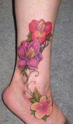 Foot Tattoo Ideas | Choosing Hawaiian Flower Tattoo Designs? | Floral Flower Tattoos
