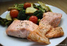 Fotorecept: Pečený losos Fish Recipes, Meat Recipes, Healthy Recipes, Healthy Food, Fish And Meat, Fish And Seafood, Pickles, Pork, Turkey