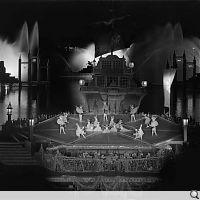 1965, Bregenzer Festspiele, Austria, regia: Filippo Crivelli, scenografia e costume: Lorenzo Ghiglia